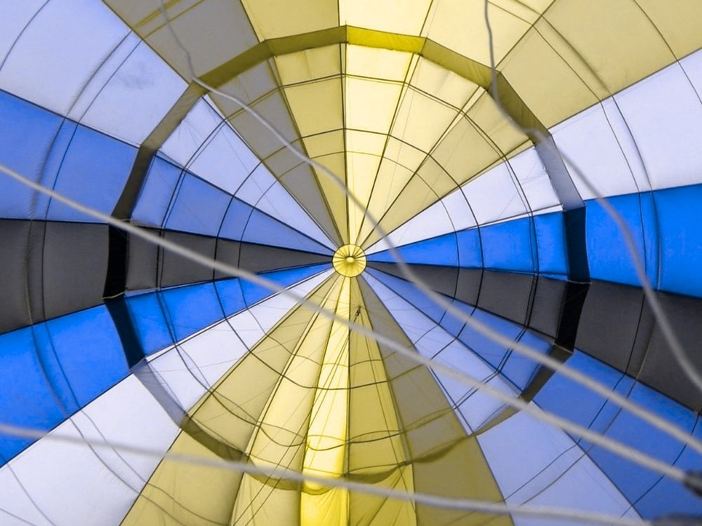 Parachute From Below Red Blind Protanopia